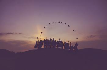 Diplomaosztó ünnepségek Budapesten és Szombathelyen